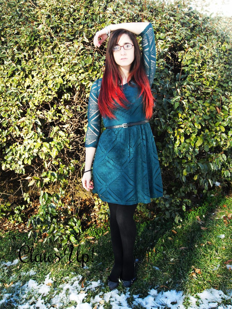 Winter green geometric lace dress