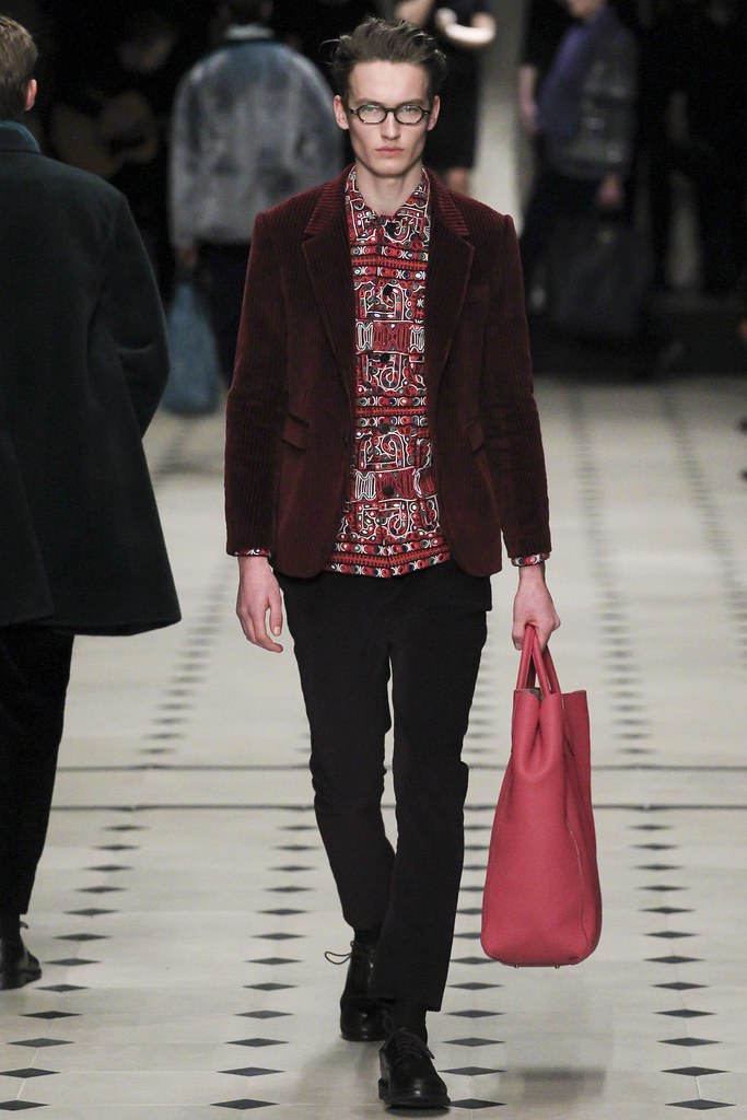 FW15 London Burberry Prorsum044_Frederik Ruegger(VOGUE)