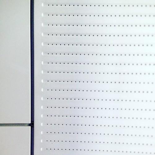 🚄 El sostre de l'AVE.   🚆La foto no és en b/n.  🚅 Quants emojis hi ha de TGV?