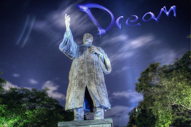 Keep #hope alive!  #Dream #MLK #MLKJr #DrMLKJr #blm #art #blacklivesmatter #NotPhotoshop #ANourse #lightart #lighttrails #night #lightpaint #lightpainting  #lightpaintingphotography #l4l #likeback #likesforlikes #like4like #likesback #igers #igersoftheday