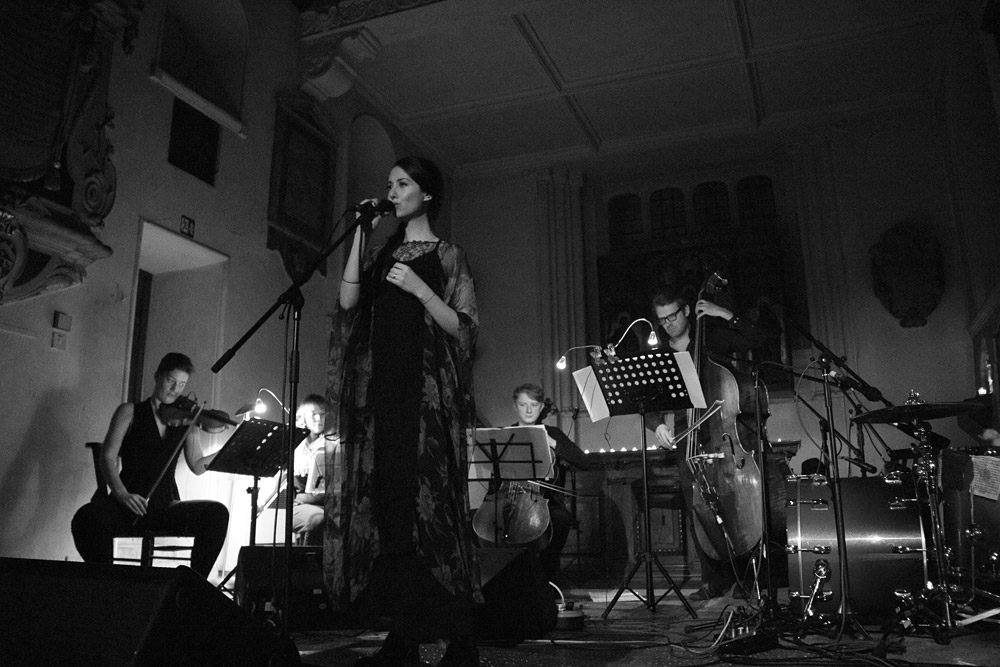 Sasha Siem @ St. Pancras Old Church, London 27/11/14