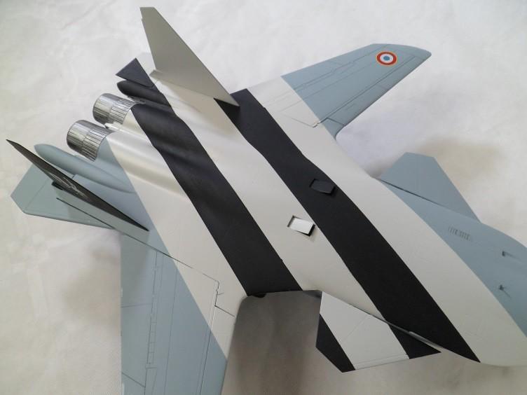 Ainsi les derniers seront les premiers [Sukhoi Su-47 Berkut Hobbyboss] 15400651124_ec31aa02d7_b