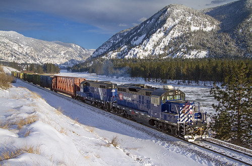 railroad snow mountains ice train river local icy localtrain freight mrl icey freighttrain thompsonriver gp9 clarkforkriver thompsonfalls mountainsnow montanaraillink thompsonfallsmontana emdgp9 localfreight mrl4thsubdivision paradiselocal mrl127 thompsonriverlumber mrlgp9 mrlparadiselocal montanaraillinks4thsubdivision mrlgp9127
