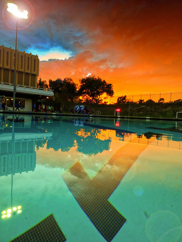 sunset pool sony socal southerncalifornia waterpolo uci pointnshoot universityofcaliforniairvine anteaters anteateraquaticscomplex backbaywaterpolo crawfordpool