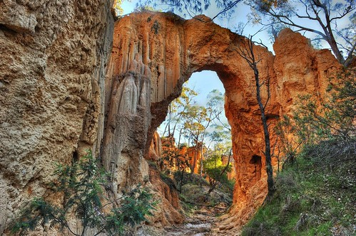 The Arch, Golden Gully