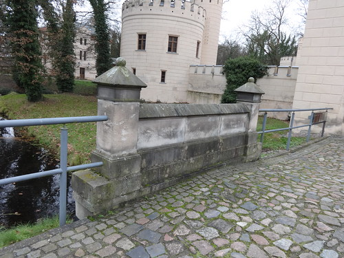 1843/53 Letzlingen Brückengeländer am neogotischen Jagdschloß der Hohenzollern von Friedrich August Stüler/Ludwig Ferdinand Hesse Schloßstraße in 39638