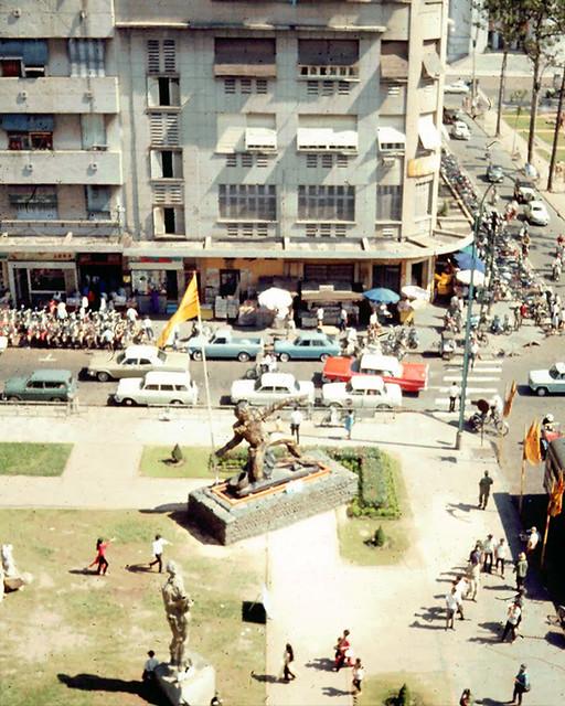 SAIGON 1969 - Exhibition of war-time sculpture - Photo by Eldon Burg