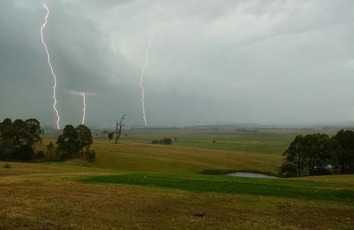 storm australia newsouthwales lightning aus woodville