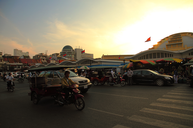 Cambodia-Central-Market-Evening