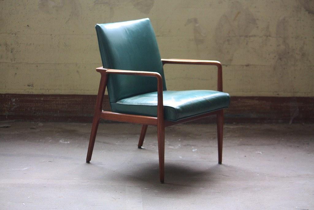 Dashing Midcentury Modern Stow Davis Sculptural Leather Arm Chairs (Grand  Rapids, Mi, 1960s