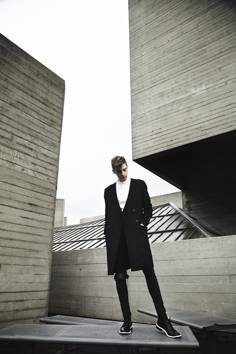 mikkoputtonen_fashionblogger_outfit_riverisland_studiocollection_viktorandrolf_eastdane_1_web