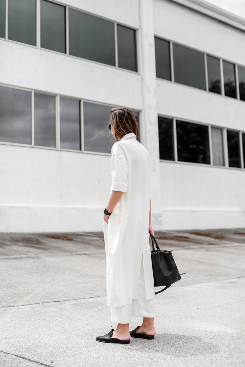 MODERN LEGACY fashion blog all white street style duster coat loafer mules Larsson Jennings black metal watch (1 of 1)