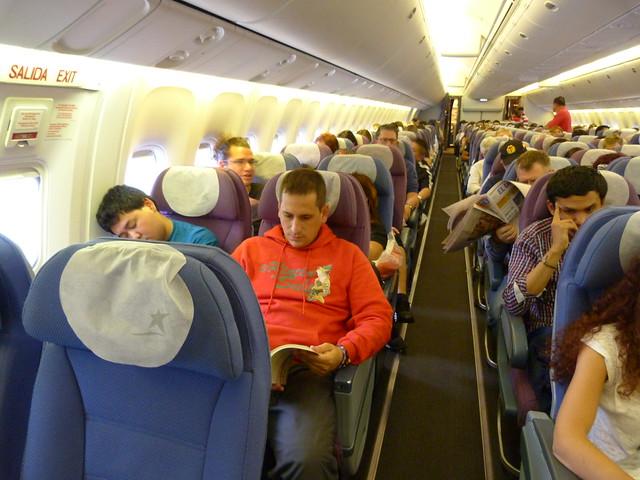 Sele en un avión LAN que se dirigía a Ecuador