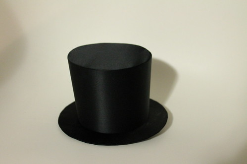 Tiny top hat