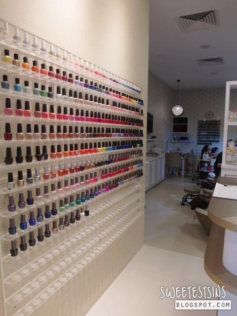 nailz treats onekm nail salon 1