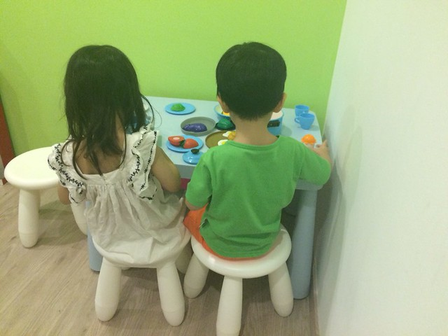 Joy & Jerry, enjoying their 'dinner'.