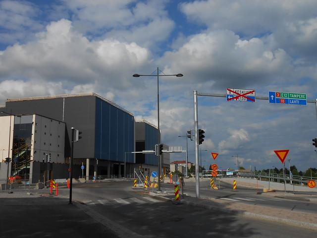 Hämeenlinnan moottoritiekate ja Goodman-kauppakeskus: Työmaatilanne 23.6.2013 - kuva 9