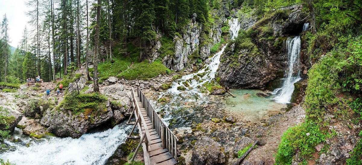 Ragoli, Trentino, Trentino-Alto Adige, Italy, 0.02 sec (1/50), f/8.0, 2016:06:30 11:31:32+00:00, 13 mm, 10.0-20.0 mm f/4.0-5.6