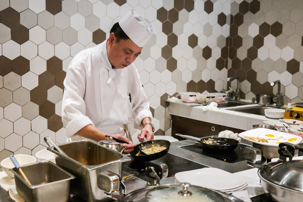 Novotel Hong Kong: Chef Cooking