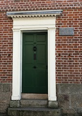 Photo of Maria Branwell and Elizabeth Branwell grey plaque
