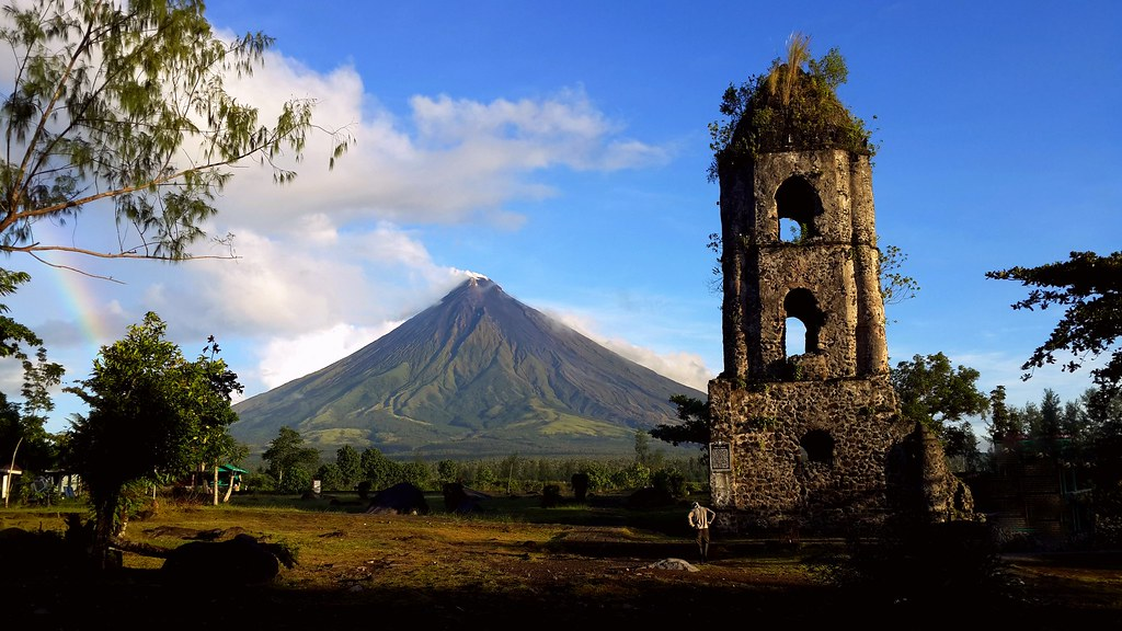 Mount Mayon seen from Cagsawa Ruins