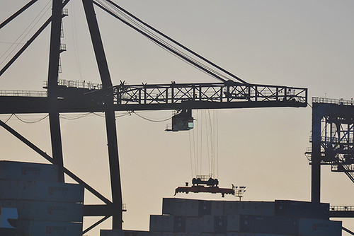 Horizon gantry crane