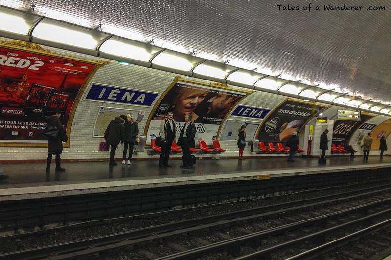 PARIS - Métro de Paris (Iéna)