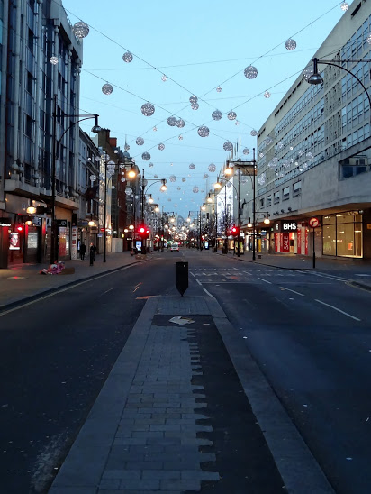 Oxford-street-looking-west