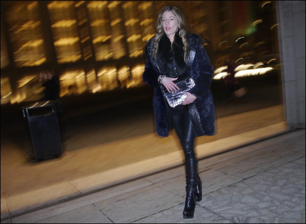 SS1-15  5w Blue fur skinny leather pants platform boots silver clutch
