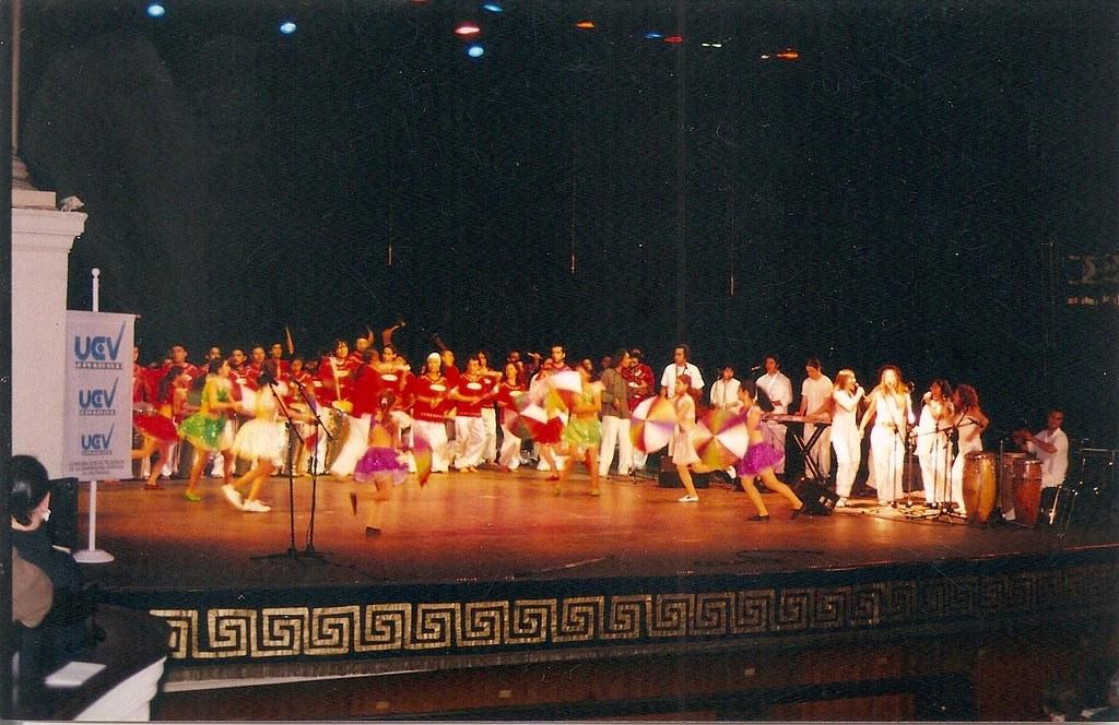 Kawin junto a Capoeira Sul da Bahía en el Teatro Municipal de Viña del Mar