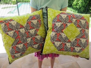 XO cushions in Cotton + Steel and Prints Charming
