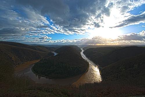 Der goldene Fluß / The Golden River