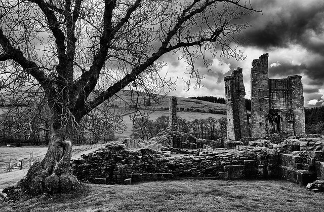 24 5 - Edlingham Castle