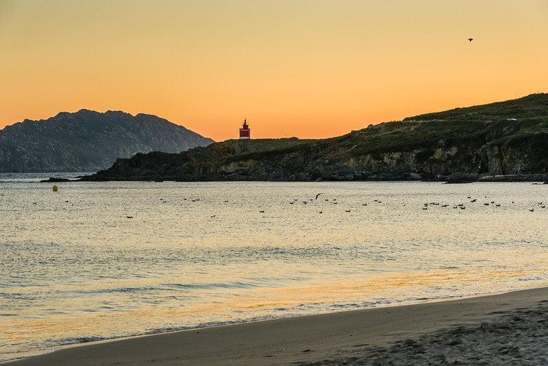 Playa de Melide y Punta Robaleira