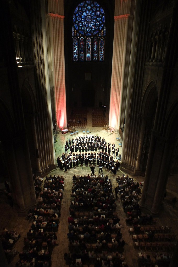 Hartford Chorale performs in Chartres Cathedral