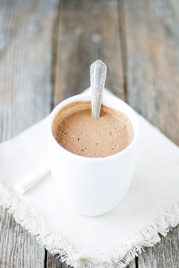 thick and creamy hot cocoa | non-dairy #SilkCashew
