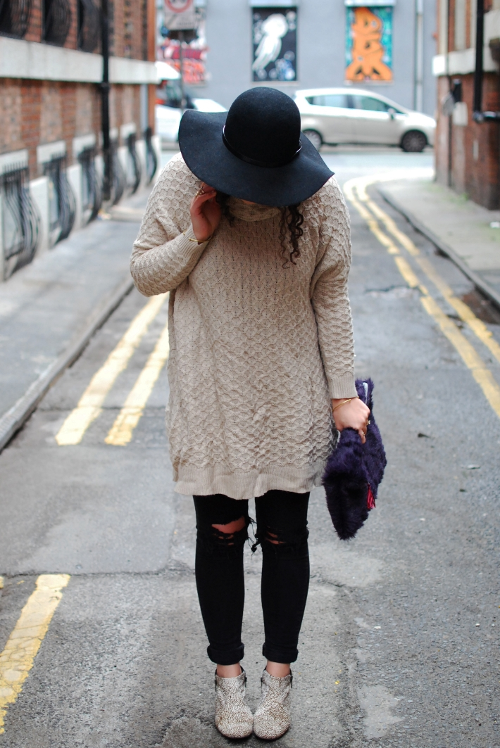 Floppy brim hat and faux fur clutch