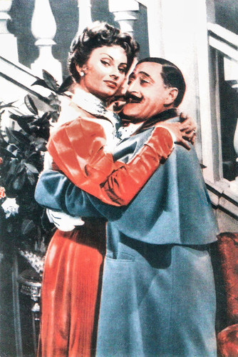 Totò and Sophia Loren in Miseria e nobiltà