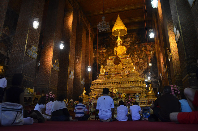 Buda dorado del Wat Pho de Bangkok