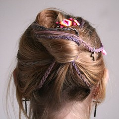 clothing(0.0), hairstyle(1.0), chignon(1.0), brown(1.0), purple(1.0), hair(1.0), long hair(1.0), brown hair(1.0), headpiece(1.0), hair coloring(1.0), braid(1.0), pink(1.0),