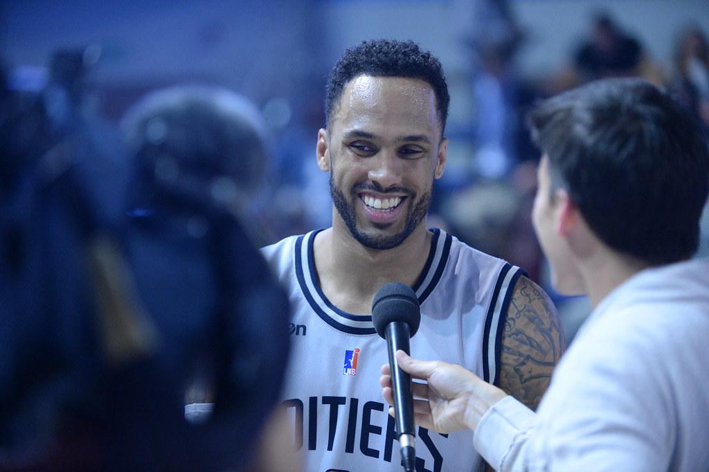 Dorsey peut sourire, il nous gratifie d'une très grosse perf' pour son anniversaire avec 34 points