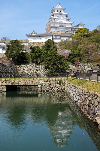 bridge reflection tree castle water japan architecture buildings himeji