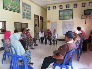 FGD Konsorsium Hijau di Desa Waje Geseng - MCA Indonesia
