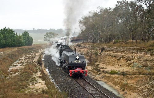 6029, on 9S25, 3rd shuttle from Bathurst approaching Wimbleton, Main West, NSW, 4th June, 2016.