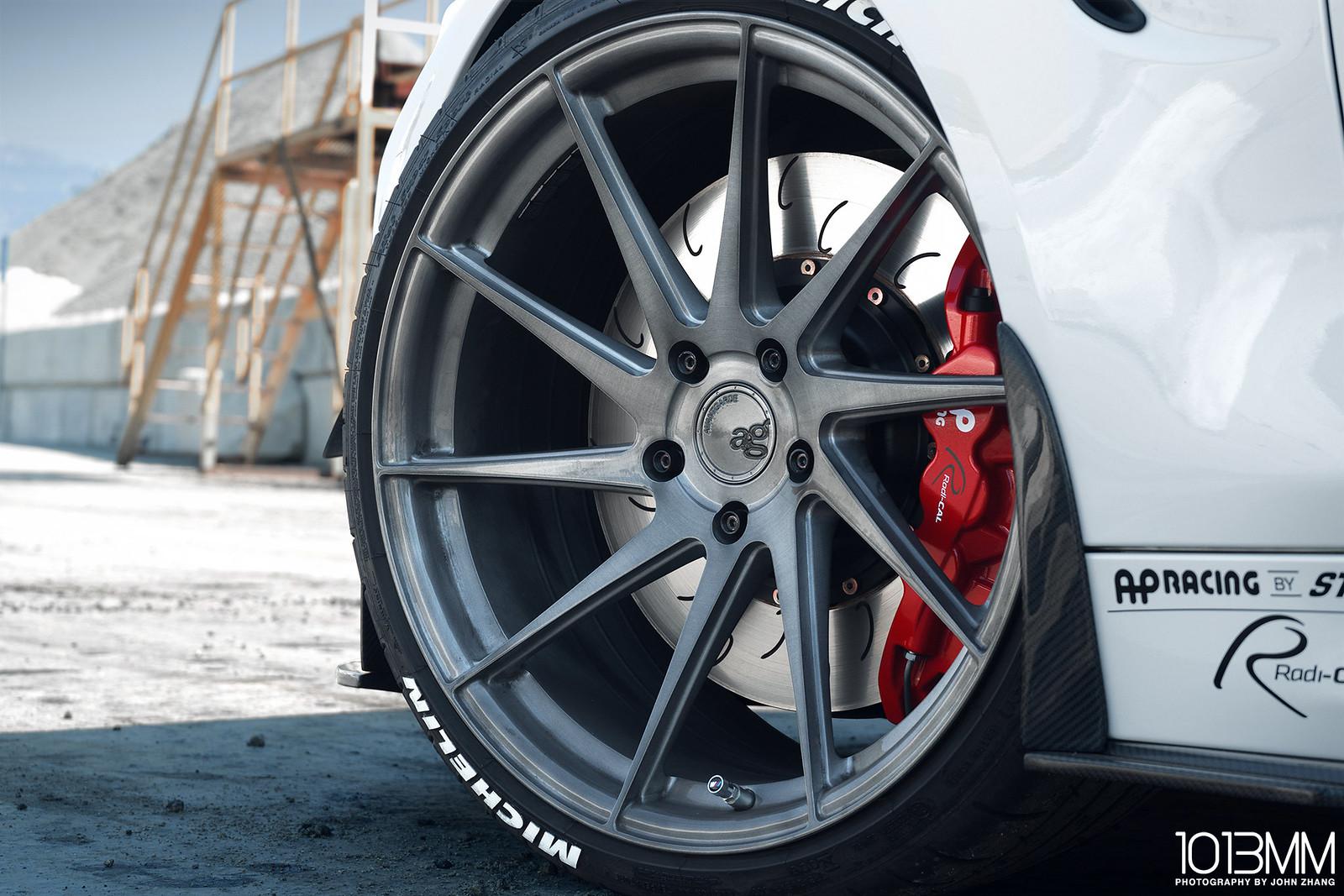 AW M4 / RevoZport / Avant Garde M621 Wheels / AP Racing
