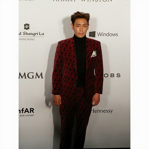 TOP - amfAR Charity Event - Red Carpet - 14mar2015 - Occasions 天機公關 - 01