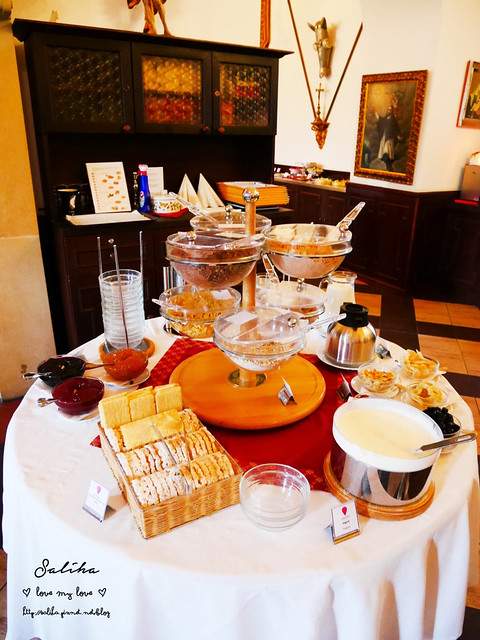 Hotel Ruze薔薇飯店Charming Hotel in cesky Krumlov中世紀扮裝晚餐-自助式早餐 (25)