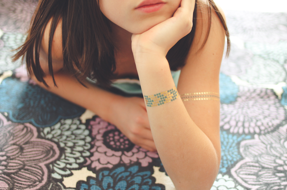 Gumtoo Metallic Gold Tattoos-6