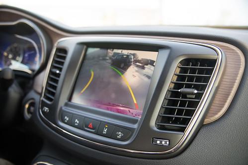 Chrysler 200-8.jpg