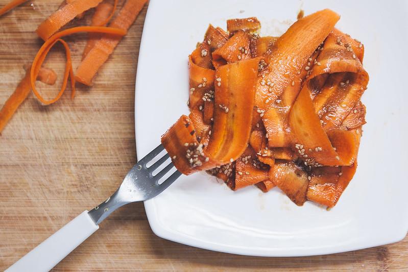 Salada de Cenoura com Gengibre e Gergelim